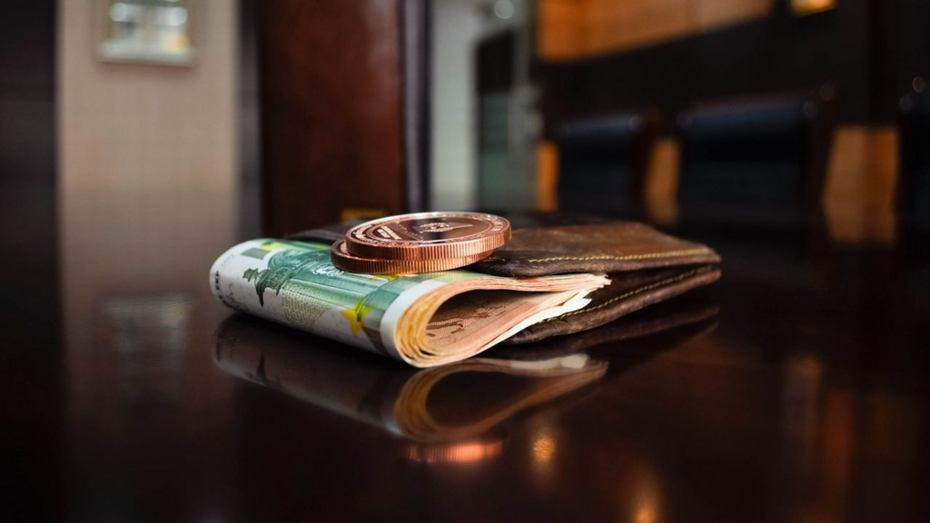 財布を選ぶなら