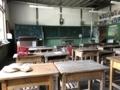 [旧木沢小学校][廃校]自身の高校最後の席に座った