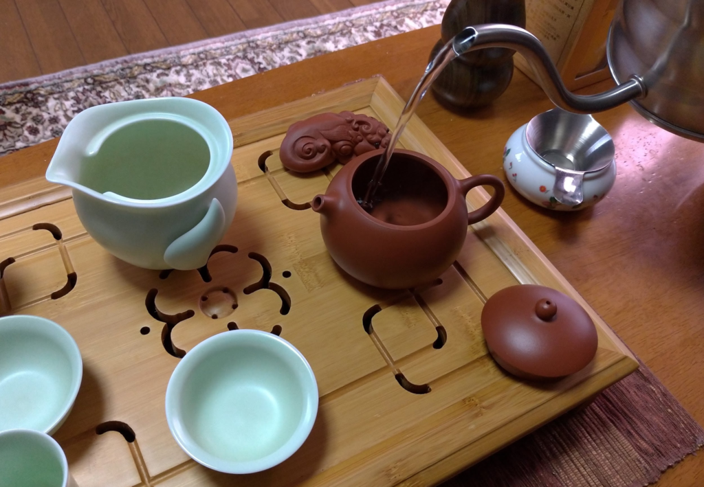 工夫茶1、茶器を温める