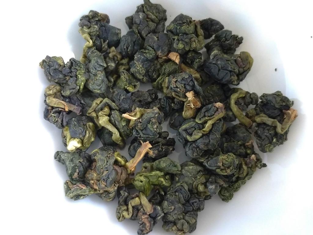 梨山高山茶の茶葉
