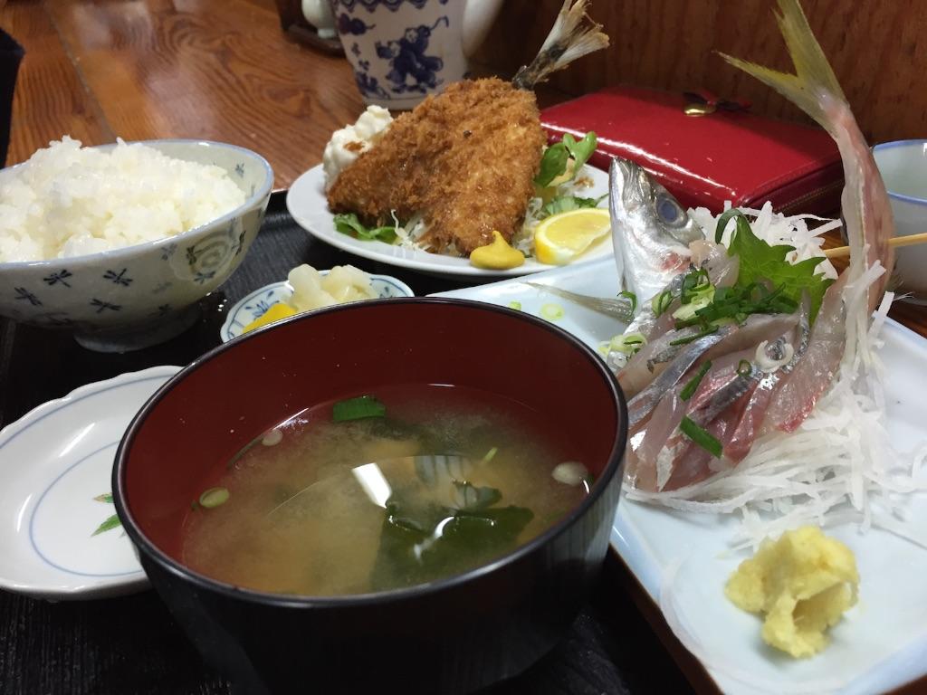 沼津港のずうのアジ定食
