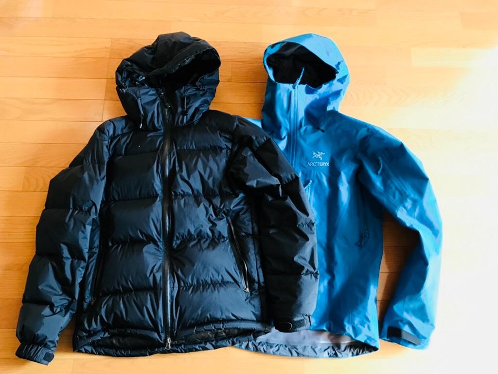 アークテリクスのジャケットとアーバンリサーチのジャケット