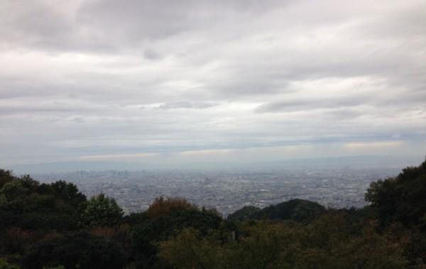 台風26号接近中の大阪の空