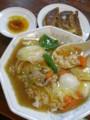 [food]半中華丼+餃子(3個)(美珍)