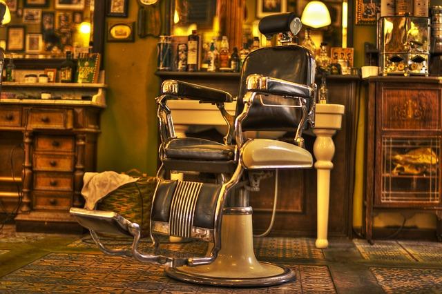 レトロな美容室の椅子
