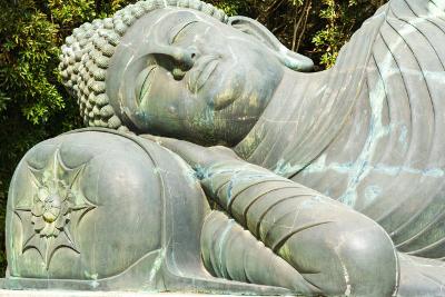 だれもxxxできなかったから、仏教の「色即是空」の思想が現代まで残った