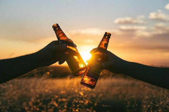ビール瓶で乾杯!