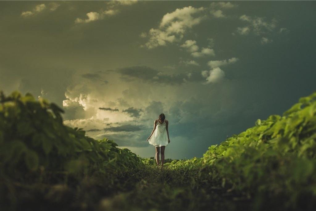 自然の中で精神を落ち着ける人