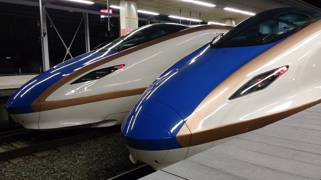 東北・北陸新幹線直通の臨時列車が運転される(E7系電車)