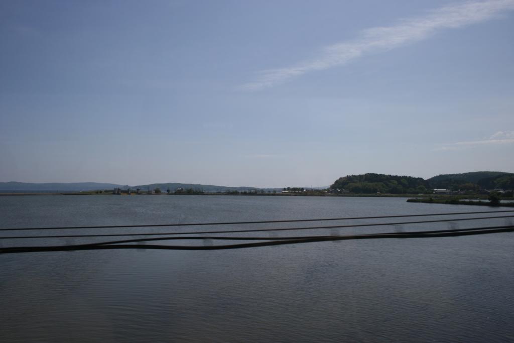 のと鉄道から眺める七尾北湾
