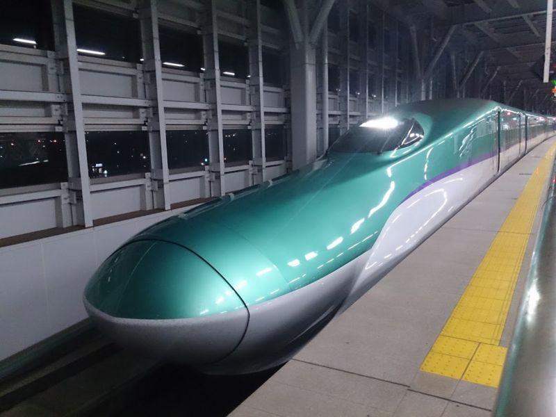 北海道新幹線 H5系