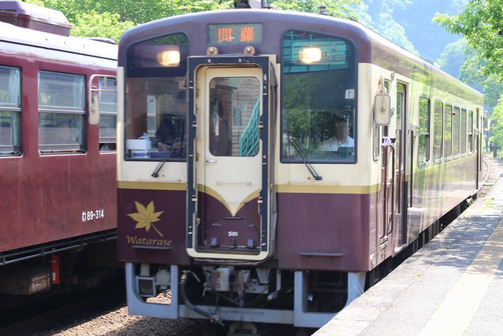 神戸駅に到着したWKT-500形