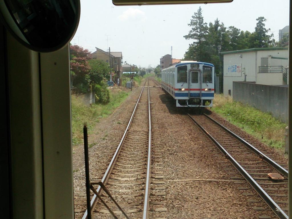 常総線の対向列車