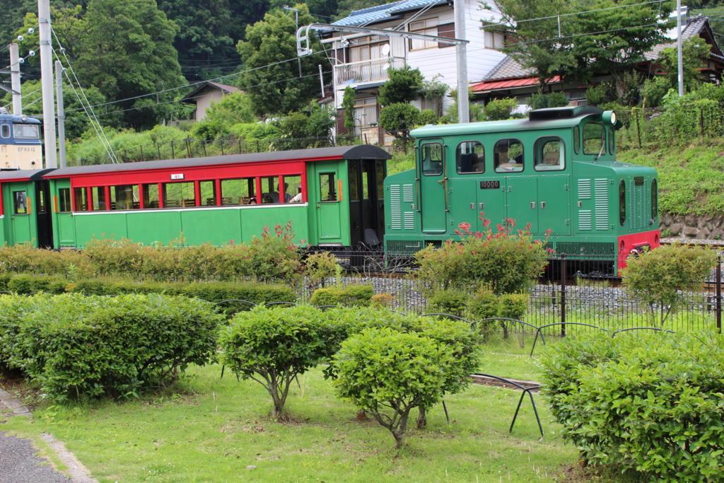 園内を一周するトロッコ列車「アプトくん」
