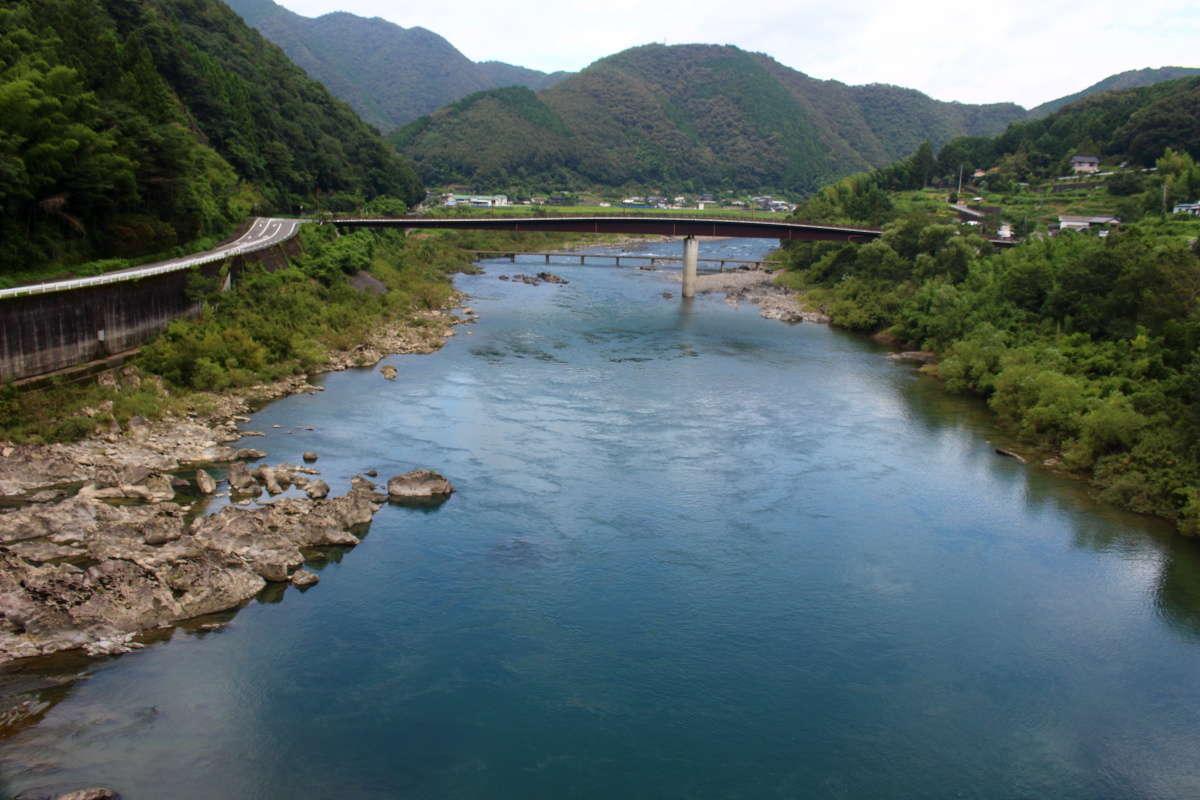 青春18きっぷで乗りたい川沿いのおすすめ絶景路線5選!