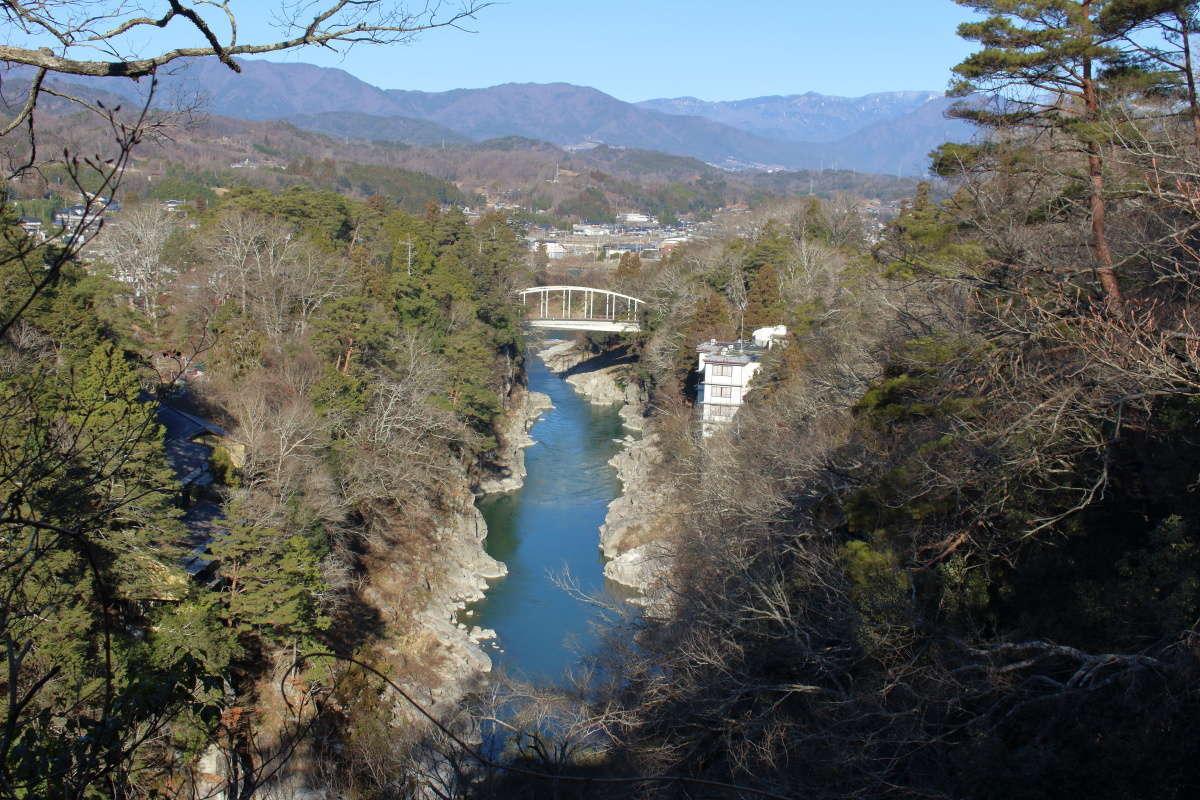 吊り橋からの天竜峡の景色
