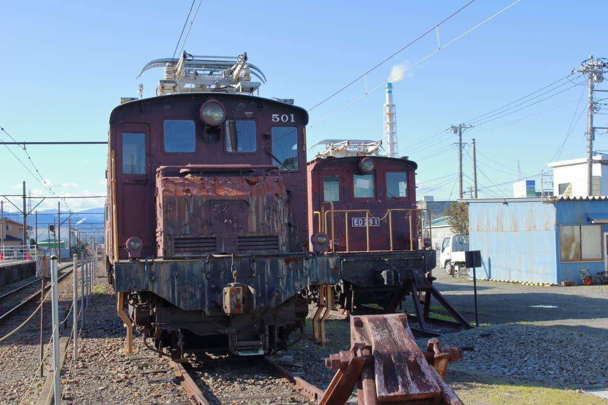貨物輸送で活躍していたED50形とED29形電気機関車