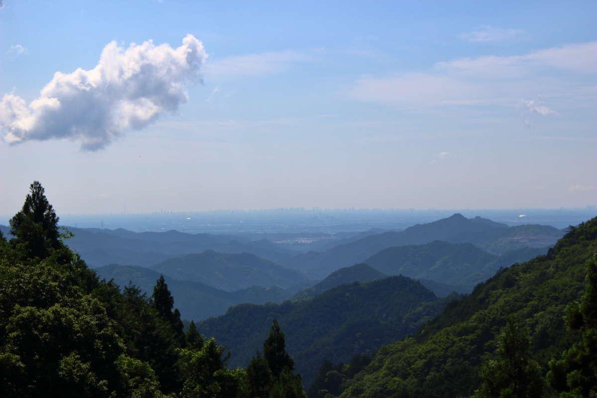 正丸峠からの眺め、埼玉の街並みを一望できます