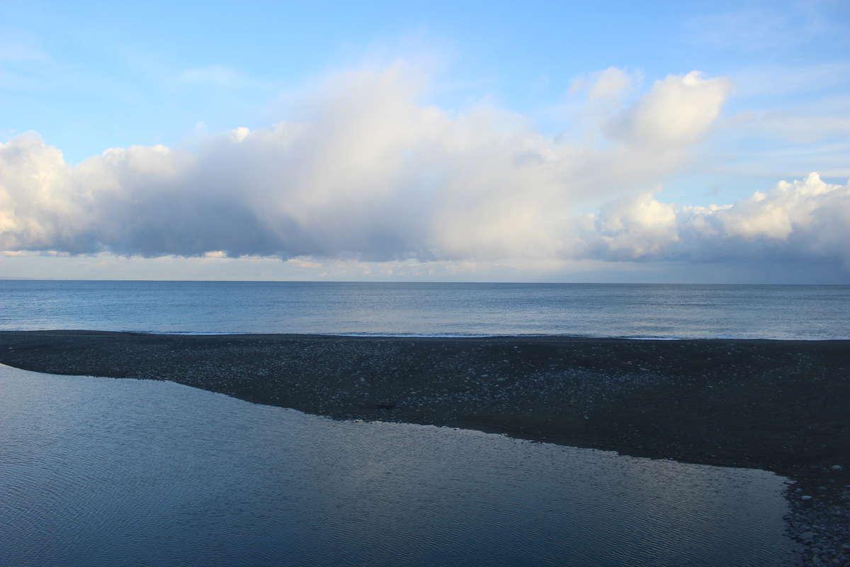 泊~糸魚川間は日本海の車窓が素晴らしい