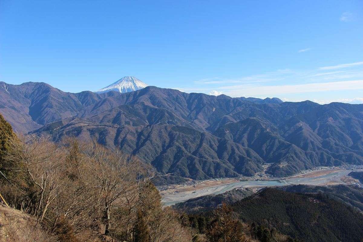 身延山山頂からの眺めは絶景! ロープウェイであっという間です。