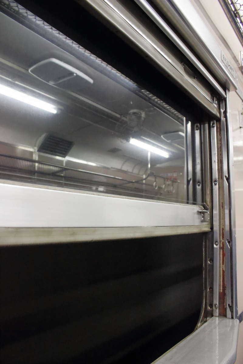 金山駅~東鹿越間のトンネルは天然のクーラー