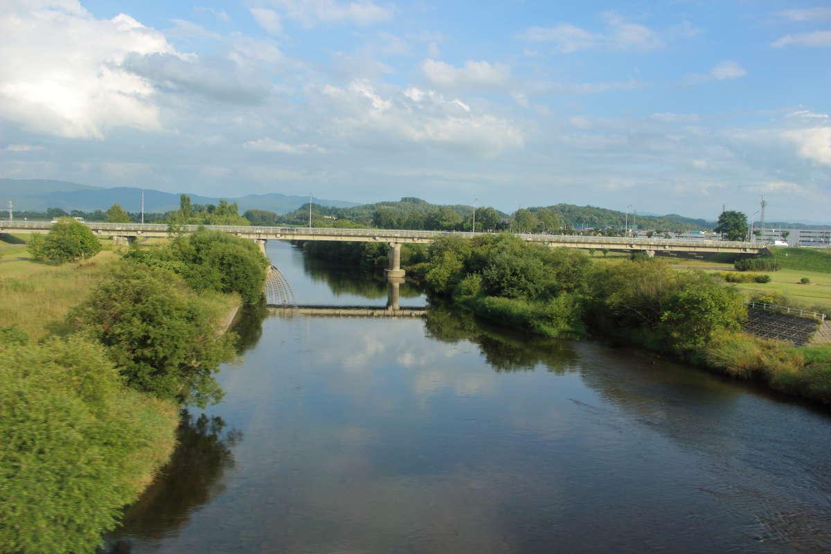 天塩川の流れを遡るように宗谷本線で南下します
