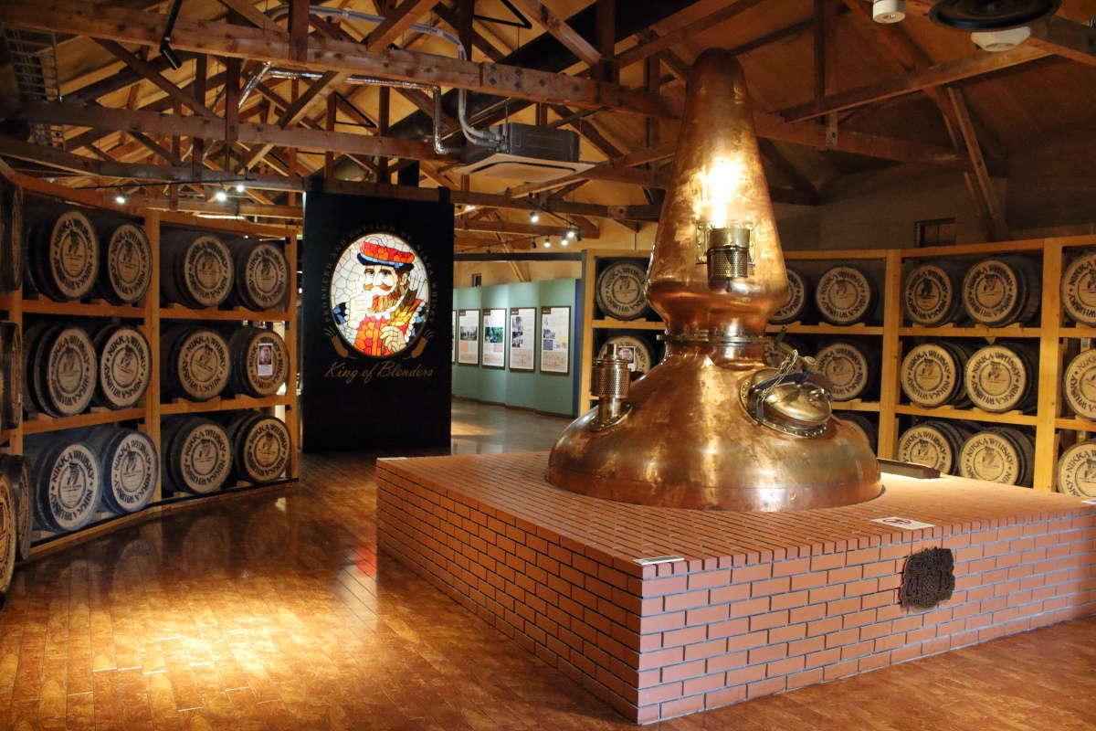 ウイスキーの歴史や製造工程を学べる「ウイスキー博物館 ウイスキー館」