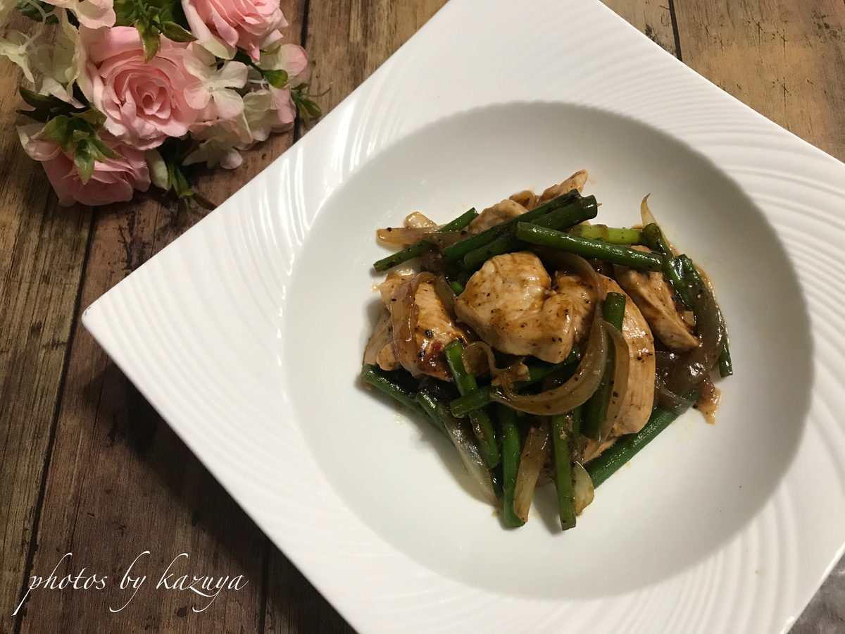 鶏むね肉とにんにくの芽の中華炒め【牡蠣だし醤油】
