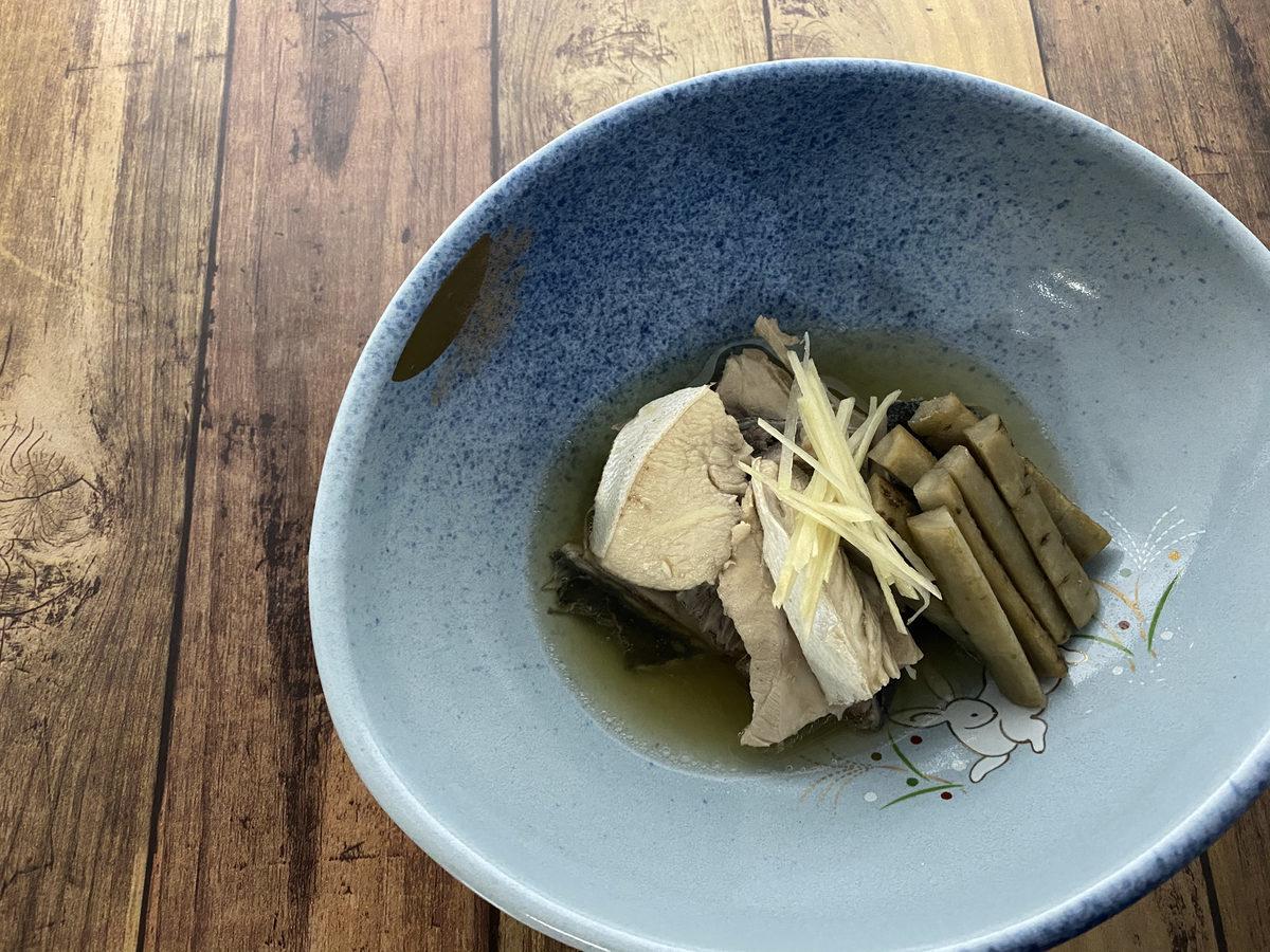 ブリあらとごぼうの煮物