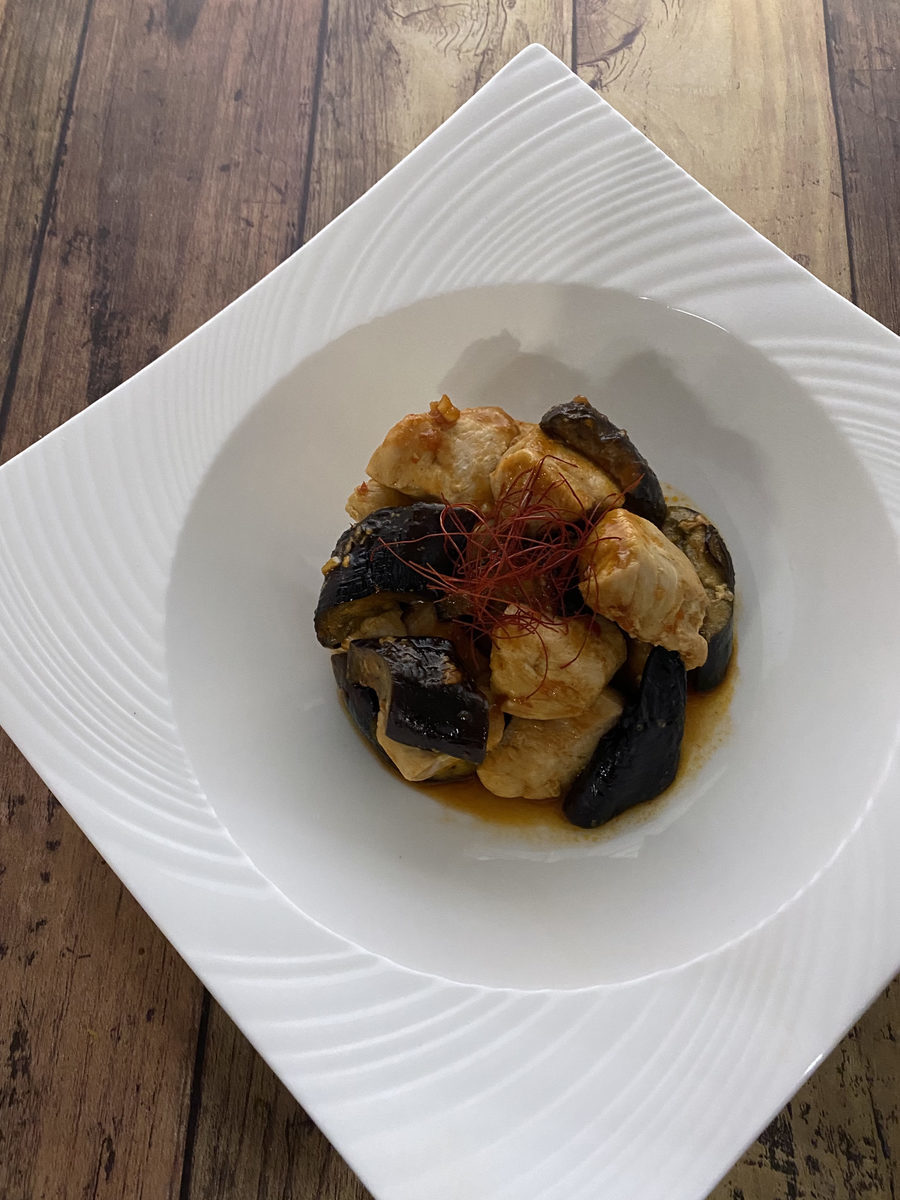 鶏むね肉とナスのコチュジャン炒め