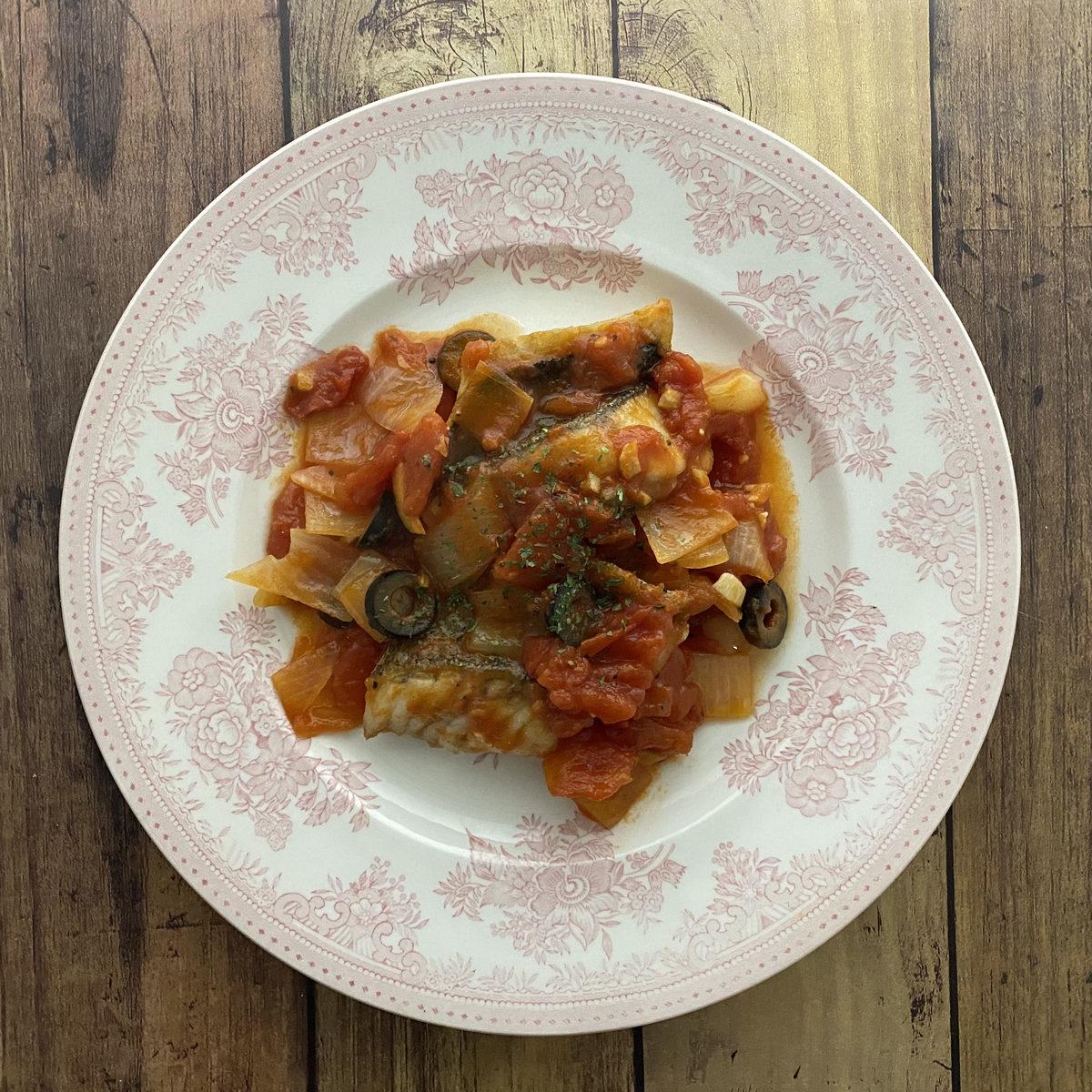 スズキのトマト煮