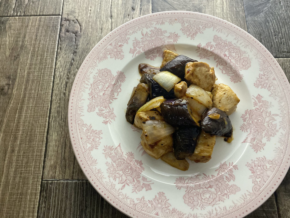 鶏むね肉とナスのオイスター炒め