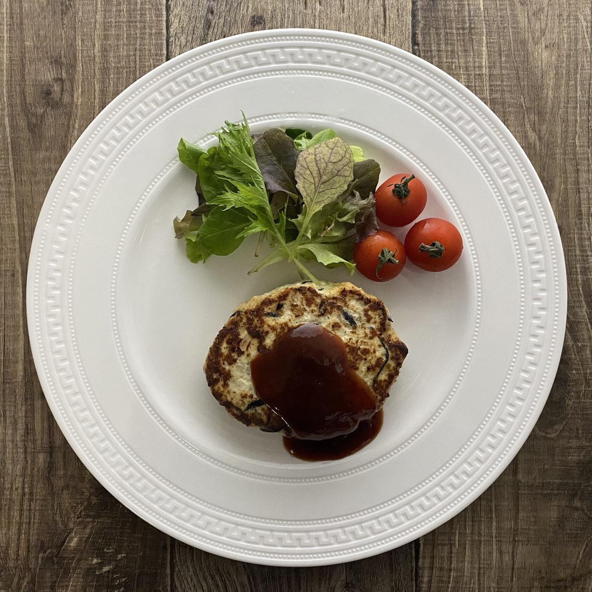 鶏むね肉の豆腐ひじきハンバーグ