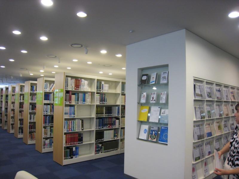 f:id:l-library:20120906112022j:image:w360