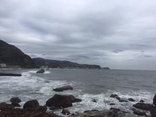 あいにくの曇天、波も荒かった
