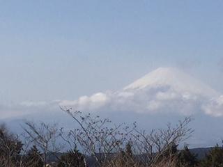 富士山がお見送り。ほんの10分ほどですが姿を見せてくれました。