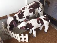 入り口の牛の親子