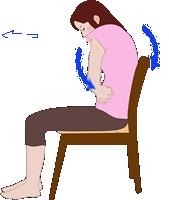 おしりとお腹を鍛える腰痛体操。おへそを覗き込むようにします。