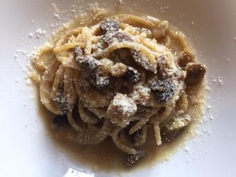 豚肉と栗・発酵マッシュルームのスパゲットーニ