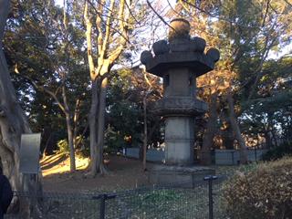 日本三大燈籠の1つ、お化け灯籠