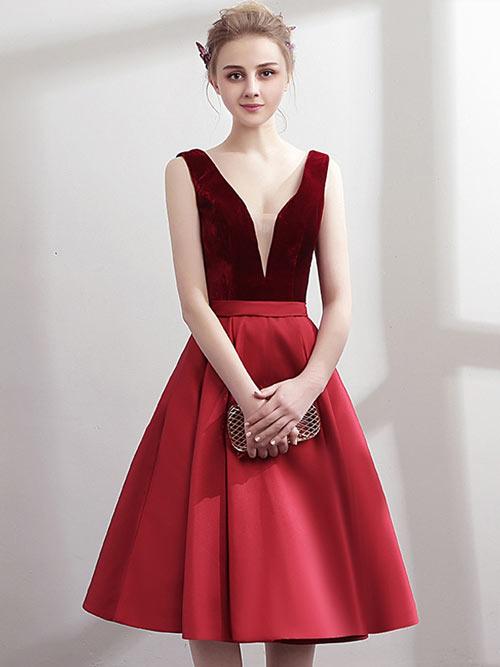 robe bordeaux courte col en V pour soirée de noël