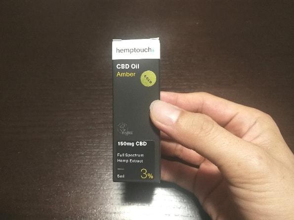 ヘンプタッチ社のCBDオイルのパッケージ