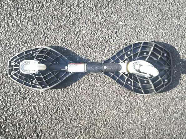 リップスティックデラックスミニの裏側の車輪