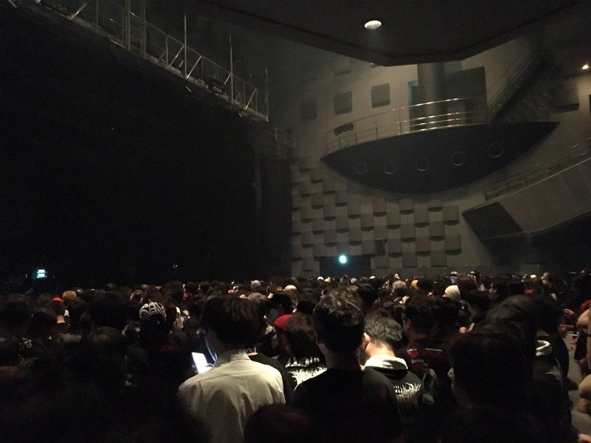 【エンタメ画像】BABYMETAL 大阪公演・なんばHatch「白ミサ」2日目 開演前SEにGreen Day!!!!