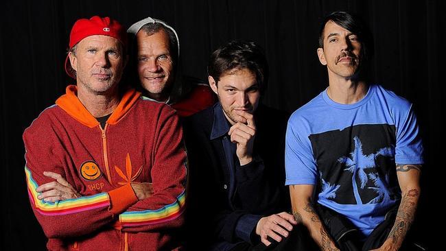 【エンタメ画像】「BABYMETAL、レッチリ英ツアー参加決定」 Red Hot Chili Peppersスレの反応