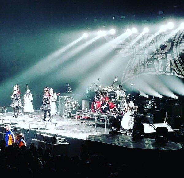 【エンタメ画像】BABYMETAL 「RED HOT CHILI PEPPERS UK TOUR」スペシャルゲスト O2アリーナ1日目の様子