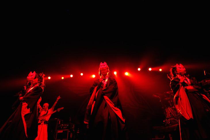 BABYMETAL 「RED HOT CHILI PEPPERS UK TOUR」 O2アリーナファンカム集