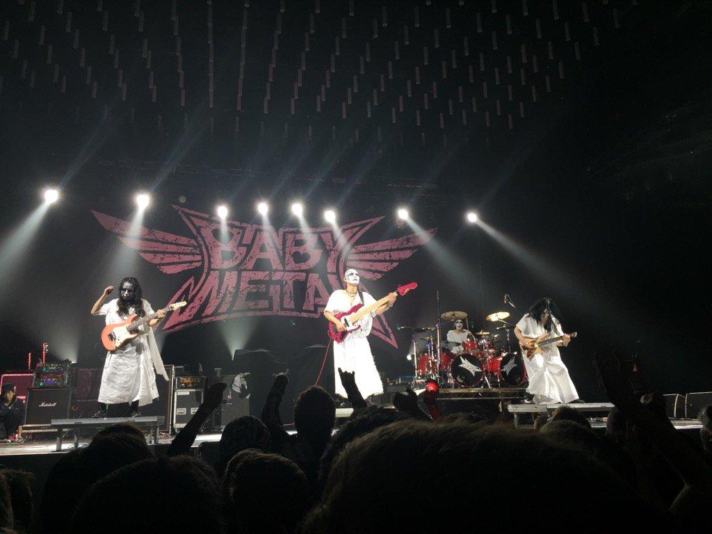 【エンタメ画像】神バンドのLEDA氏がソロでレッチリの「can't stop」を披露