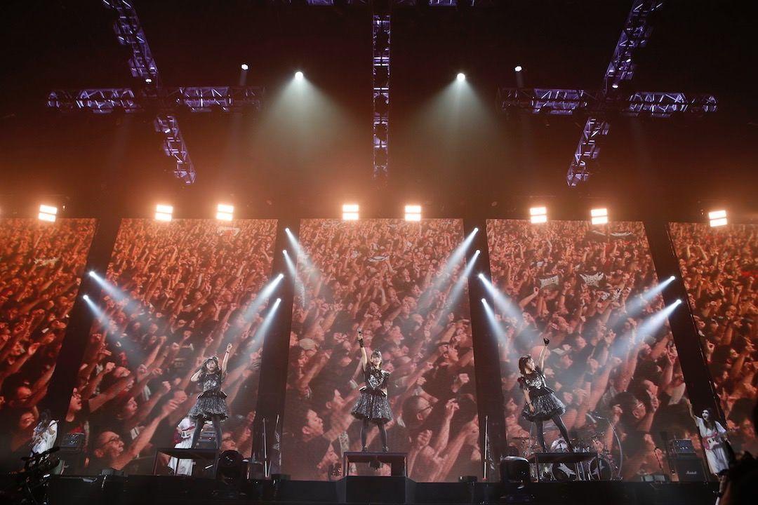 BABYMETAL 巨大キツネ祭り in JAPAN / 大阪城ホール 2日目の様子