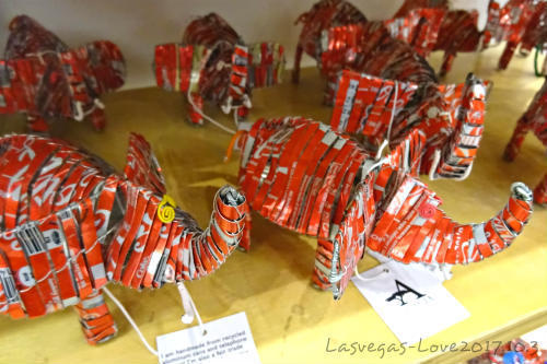 コカ・コーラ缶製 置物